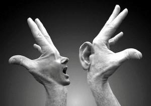 Maar misschien denk jij dat je partner moeilijk doet, en gewoon niet echt wil luisteren. Terwijl er iets heel anders speelt… Dus jouw partner voelt zich waarschijnlijk net zo min gehoord als jij…