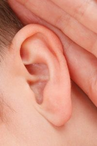 zwijgen en niet kunnen luisteren